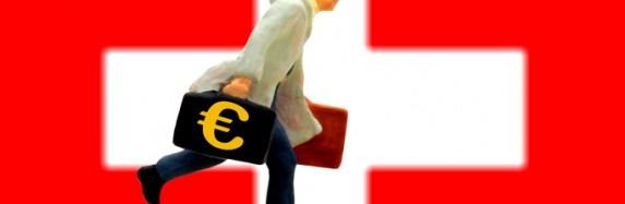 Zehntausende Anleger parken Milliarden an Schwarzgeld in der Schweiz.